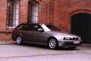 bmw 525i touring auto redaktionauto redaktion. Black Bedroom Furniture Sets. Home Design Ideas